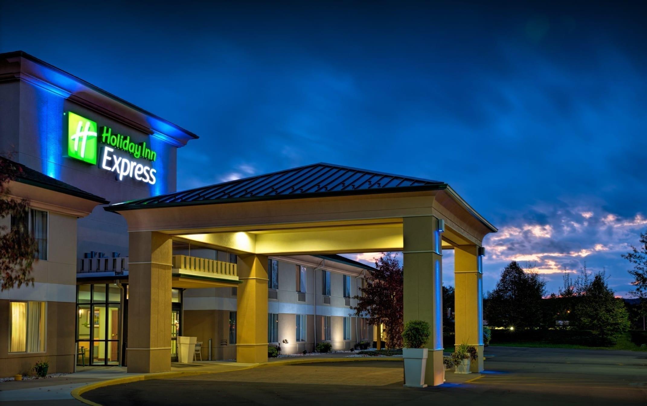 Holiday Inn Express by IHG - Salamanca, New York | MWT Hotel & Resort Architect
